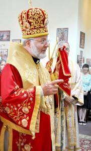 Bishop-lecturing-Gary